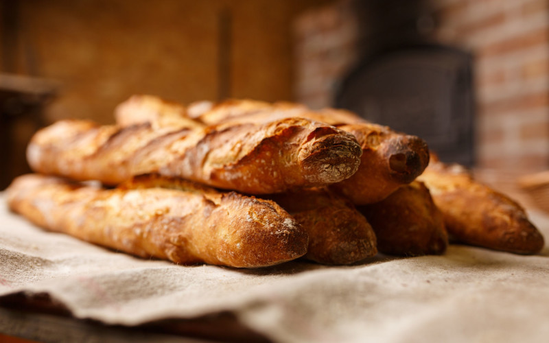 baguette-bakery-blur-461060.jpg