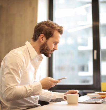 beard-businessman-coffee-926390.jpg