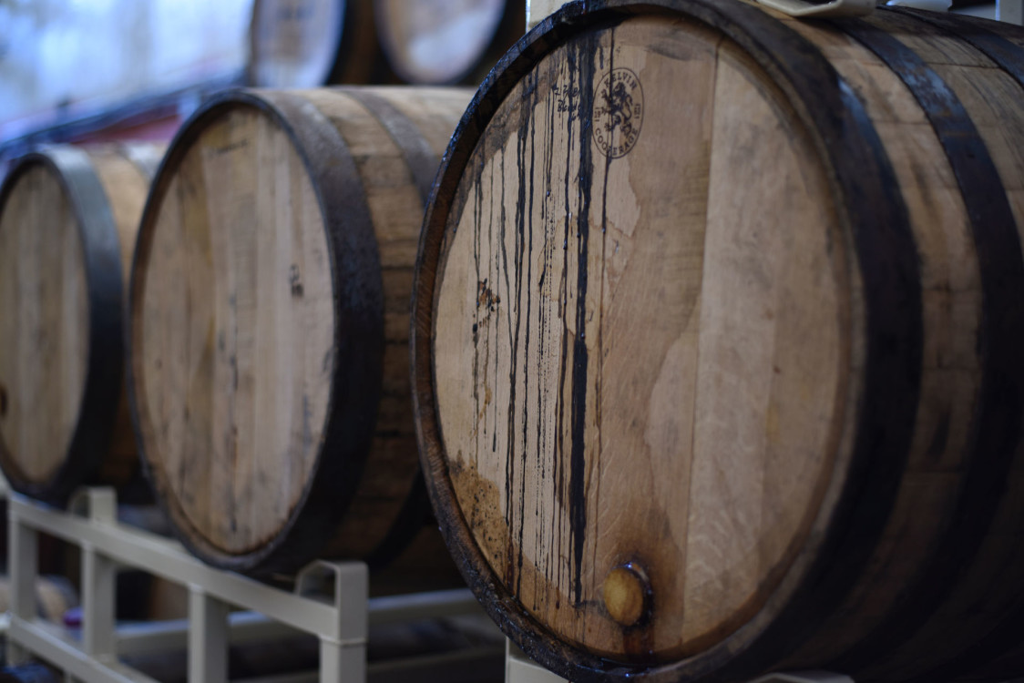 barrels-basement-beer-1267359.jpg