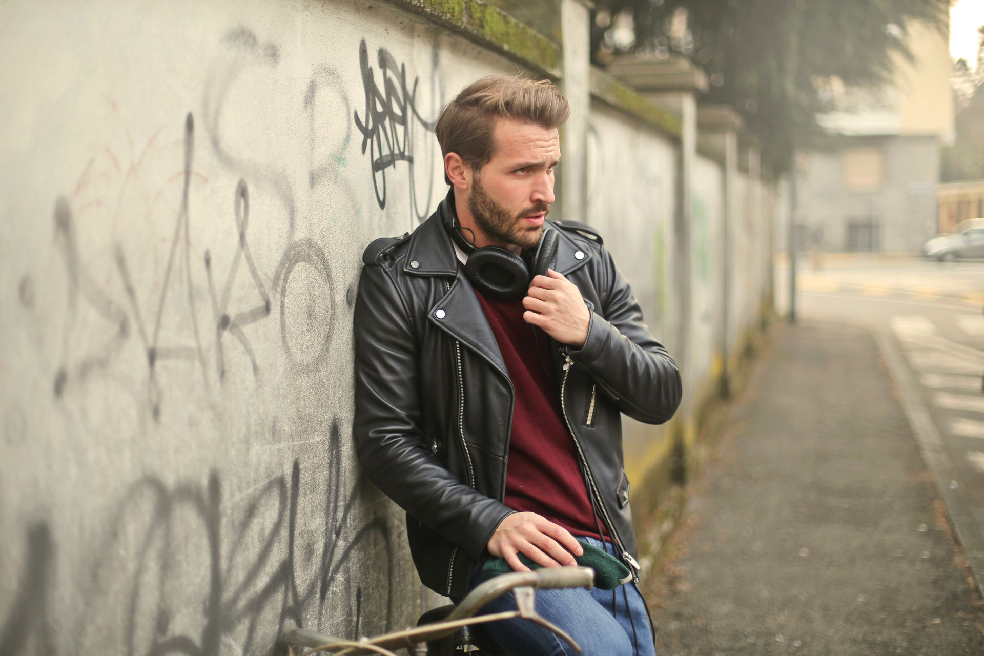 beard-bicycle-bike-826380.jpg